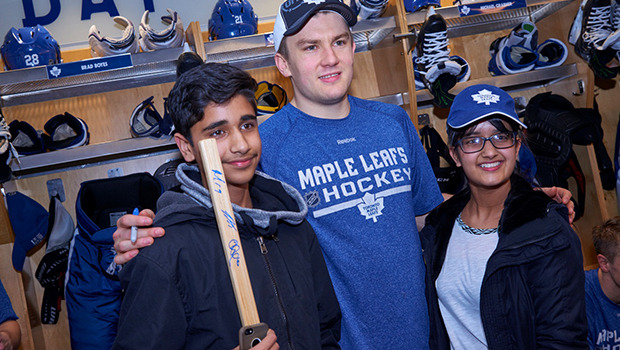 JVR poses with fans