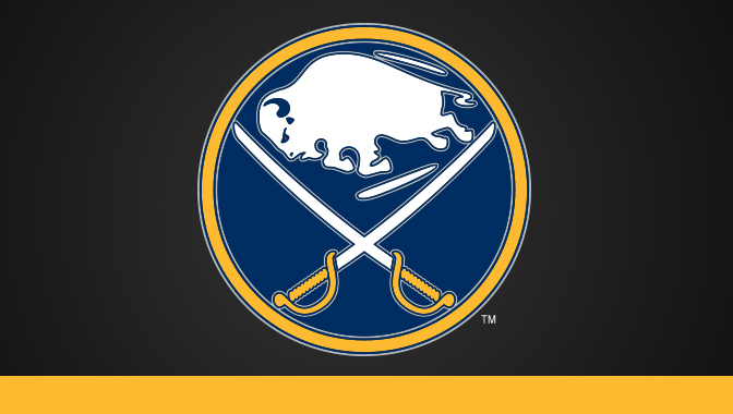 Strachan signs one-year contract with Sabres