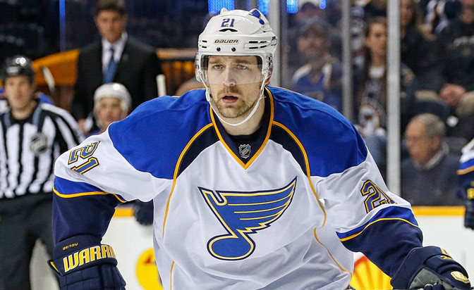 Berglund agrees to three-year deal with Blues